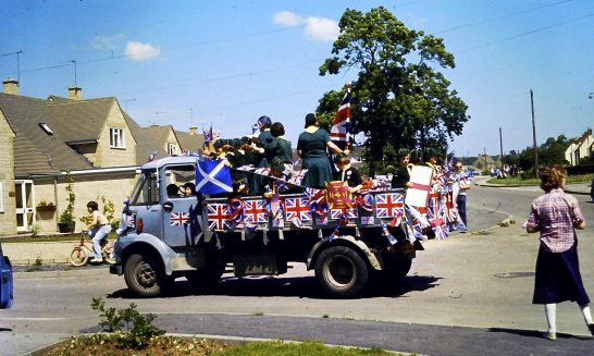 Scouts on decorated float at the Carnival, 1977