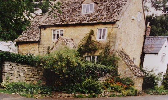 Blenheim Cottage & April Cottage